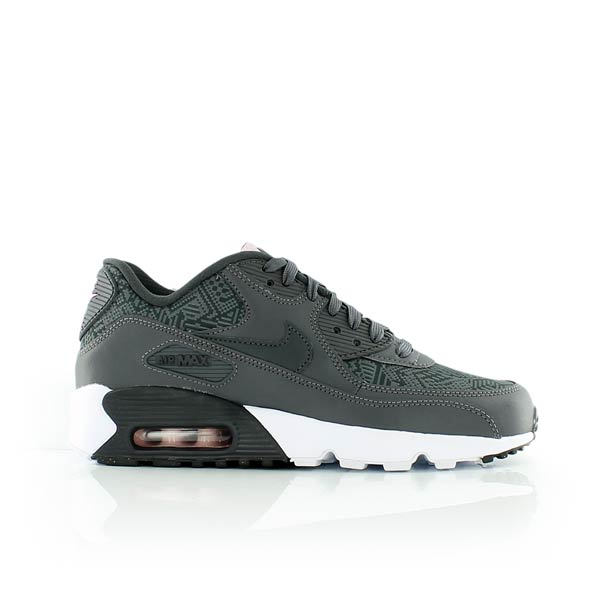 Nike WMNS Air Max 90 SE Nike Air Max 90 Ultra Mid Winter SE chaussures Homme Baskets montantes SO55473201 usXaIS6M. Femme Nike Air Max ...