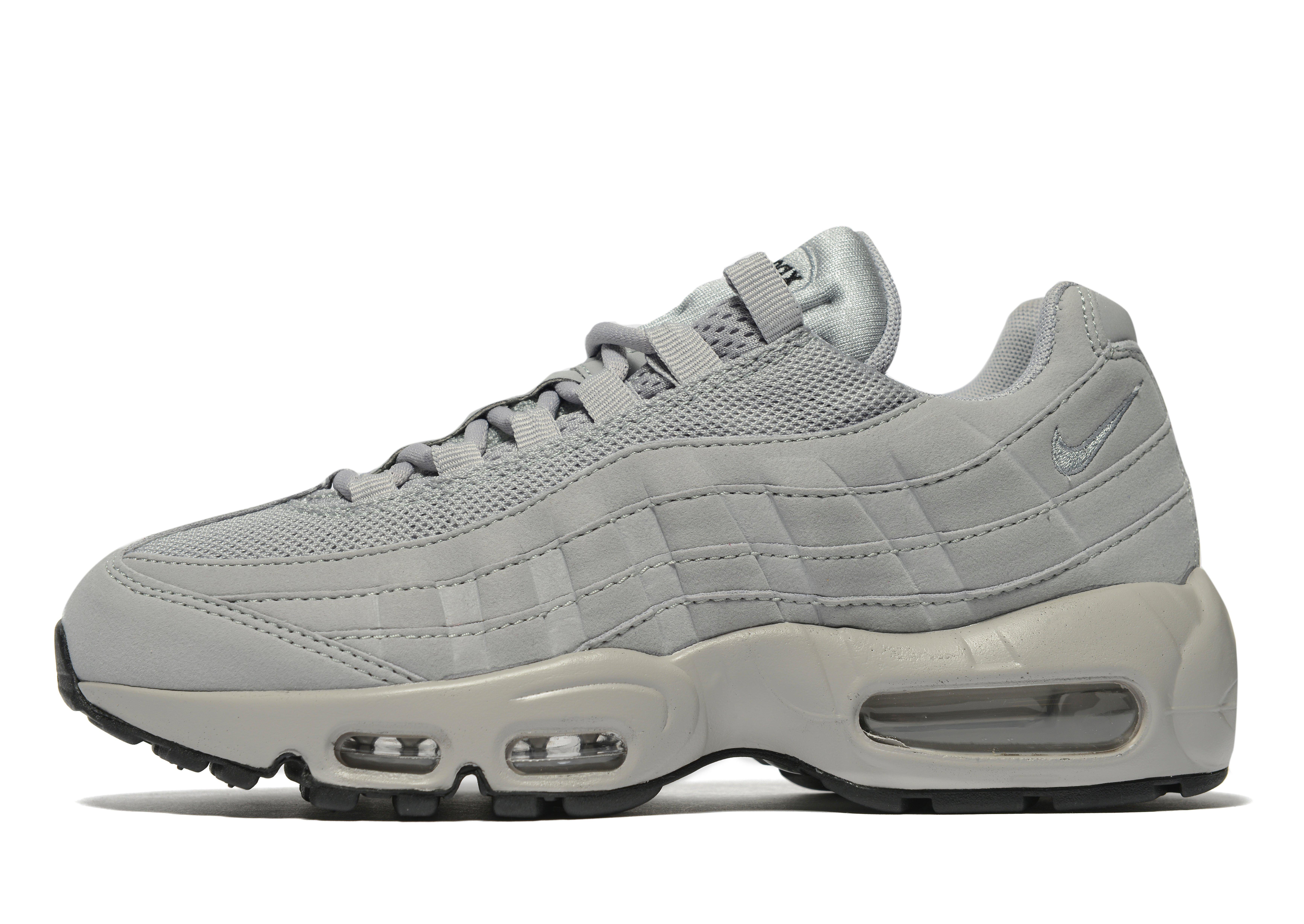 sneaker femme Nike air max 95 premium gris 807443-005. Nike air max 95 ultra se noir ... Contemporain Nike Air Max 95 Homme Essential Trainers Nike Gris ...