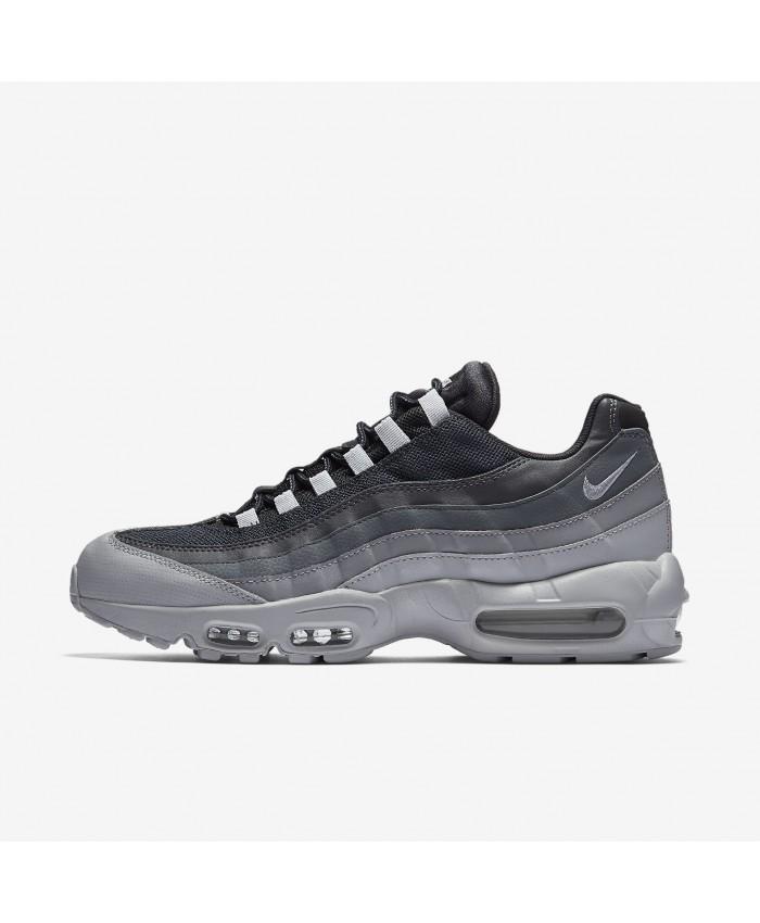 uk availability 86dd9 42a15 Nike Air Max 95 Essential blanc Wolf Gris Pure Platinum Blanc Gris Loup  749766 103 chaussures. Nike Air Max 95 Essential, Baskets Homme Gris ( anthracite ...