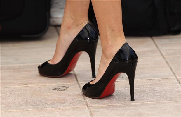 chaussure louboutin montreal