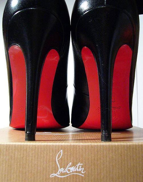 sélection premium d80ec 48413 chaussure louboutin semelle rouge