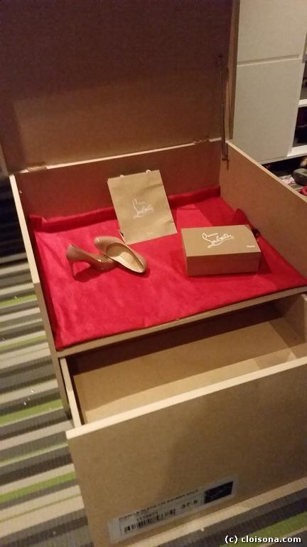 boite a chaussures geante louboutin