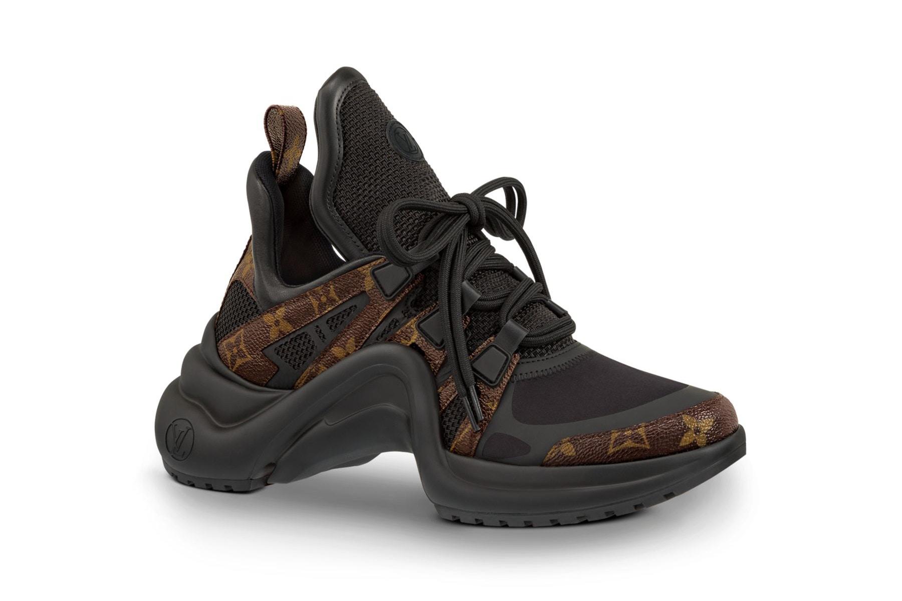 5c4808fb710 chaussures Louis Vuitton · chaussures Louis Vuitton ... ... chaussures-Louis -vuitton-Paris-cuir-noir-pointure-8- Ajouter à ma liste d u0027envies .