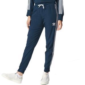c771eb794c3 nike survetements blanche et noir femme bas de survetement nike Pantalon Survetement  Adidas Pas Cher PANTALON DE SPORT ADIDAS Pantalon Essentials 3-Stripes ...
