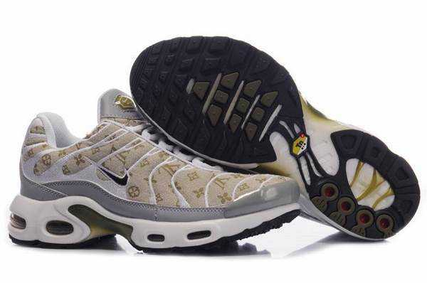 timeless design 8c1bf 71bf5 nike air max tn Homme Nike TN Requin Homme Nouveautes basket tn spider  basket nike spider basket requin et authentic prix. Nike Air Max TN Requin  Net-basket ...