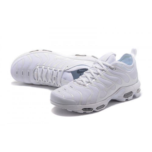 nike requin blanche homme